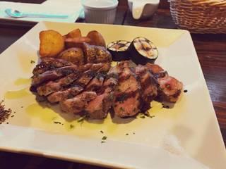 国産銘柄豚ロース肉のグリル