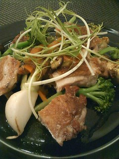 信州福味鶏の炭火焼き