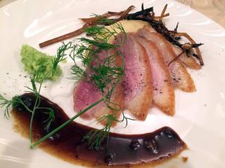 幼鴨肉のロティ、マディラソース