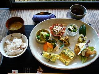季節のお惣菜ランチ