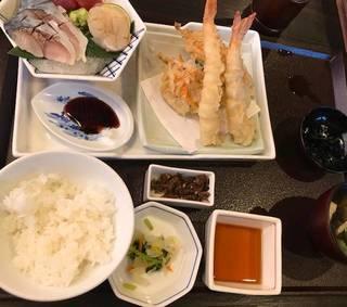 海老天婦羅とお造り定食
