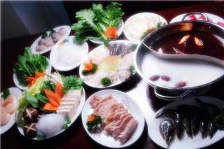 88種類中華2h食べ放題+たっぷりコラーゲン美肌火鍋
