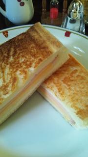 ホットサンド ハム&チーズ