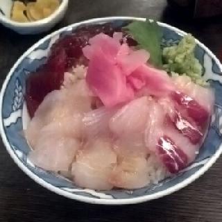 海鮮づけ丼