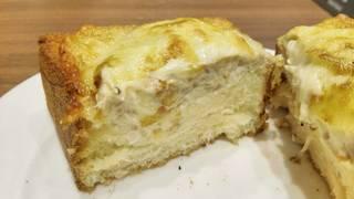 ブリオッシュトースト ツナメルト