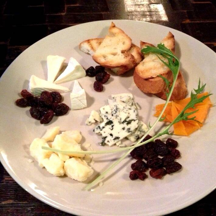 いろいろチーズの盛り合わせ