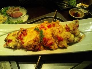 鶏モモ肉のトマトチーズ焼き