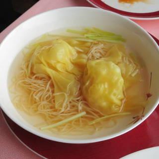 海老ワンタン入り拉麺