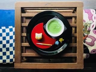 抹茶ラテと和菓子