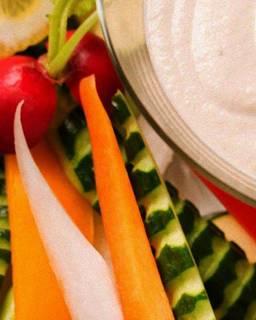 新鮮野菜のバーニャカウダ~アンチョビガーリックソース