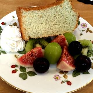 日替わりケーキのイチジクシフォンケーキ