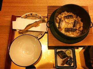 鮎風干しと新生姜の釜飯
