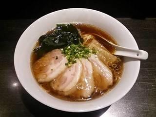 チャーシュー醤油ラーメン