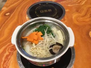 野菜鍋定食 白湯スープ