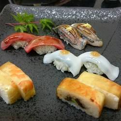 たつみ寿司 岩田屋店