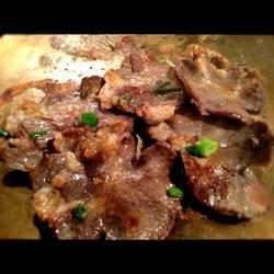厚切りネギ塩牛タン