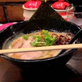 魚〆豚骨ラーメン