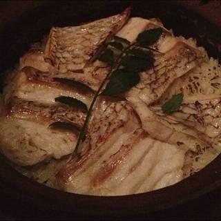 真鯛の土鍋めし