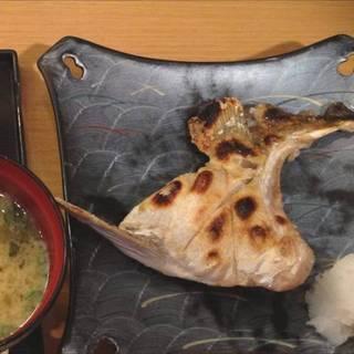 カンパチカマ塩焼定食