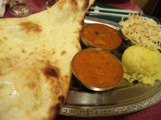 TWO CURRIES SET