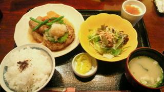 お豆腐ハンバーグ御膳 和風青じそソース
