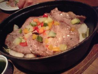 イベリコ豚と冬野菜のダッチオーブン