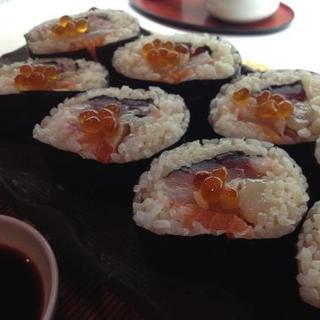 生中巻寿司