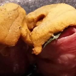 ウニの肉巻き