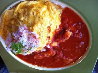シーフードトマトソースのオムライス