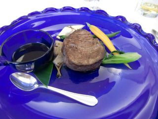 沖縄牛のヘレステーキ わさびソース添え
