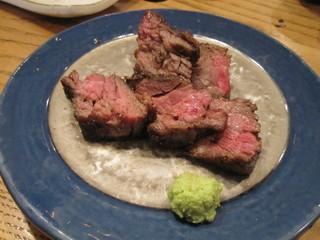 伊万里牛の黒胡椒焼