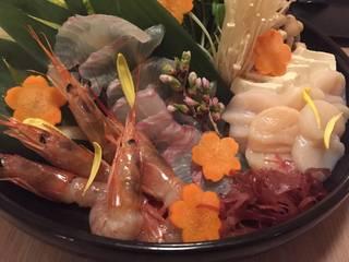 豪華鮮魚と濃厚海鮮出汁のしゃぶ鍋