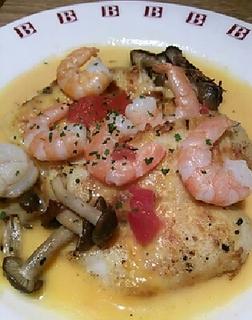 白身魚と帆立貝のソテーうにソース