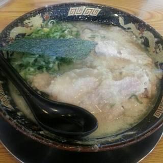 バリとんラーメン チャーシュー麺