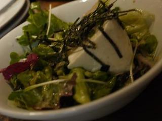 生ワカメと寄せ豆腐のサラダ