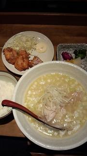 白湯麺唐揚げセット