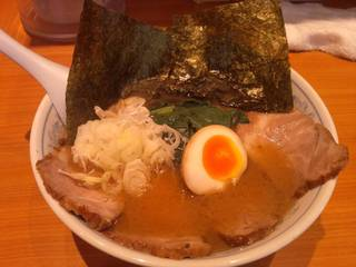 チャーシューメン(醤油・細麺)