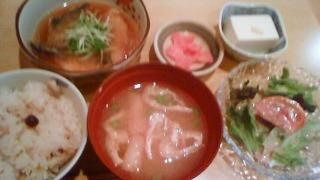 煮魚ランチ