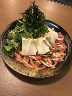 京都産九条葱と絹豆腐のサラダ