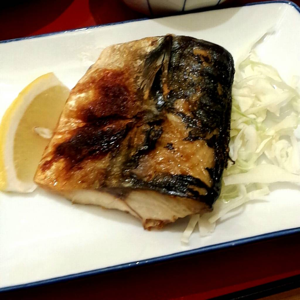鯖の塩焼き
