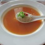 海燕の巣入り若鶏とじゃが芋のスープ