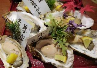 本日の生牡蠣3種食べ比べ