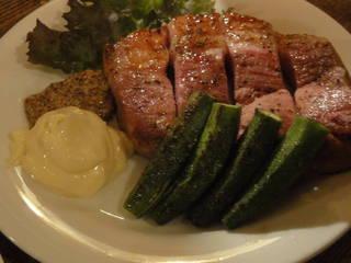 厚切りハムのステーキ