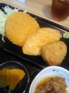 日替わりランチ ミックスフライ定食