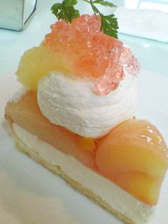 桃&びわのレアチーズ