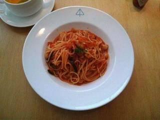 白い茸のトマトソース