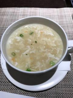 フカヒレ入り海鮮スープ