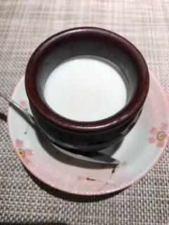 自家製壷杏仁豆腐