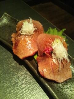 霜降り肉炙り寿司