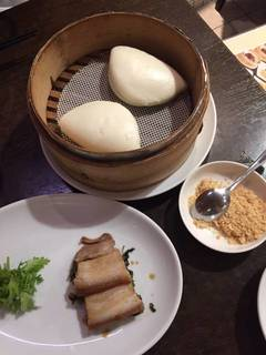 台湾式豚の角煮と高菜入りバーガー